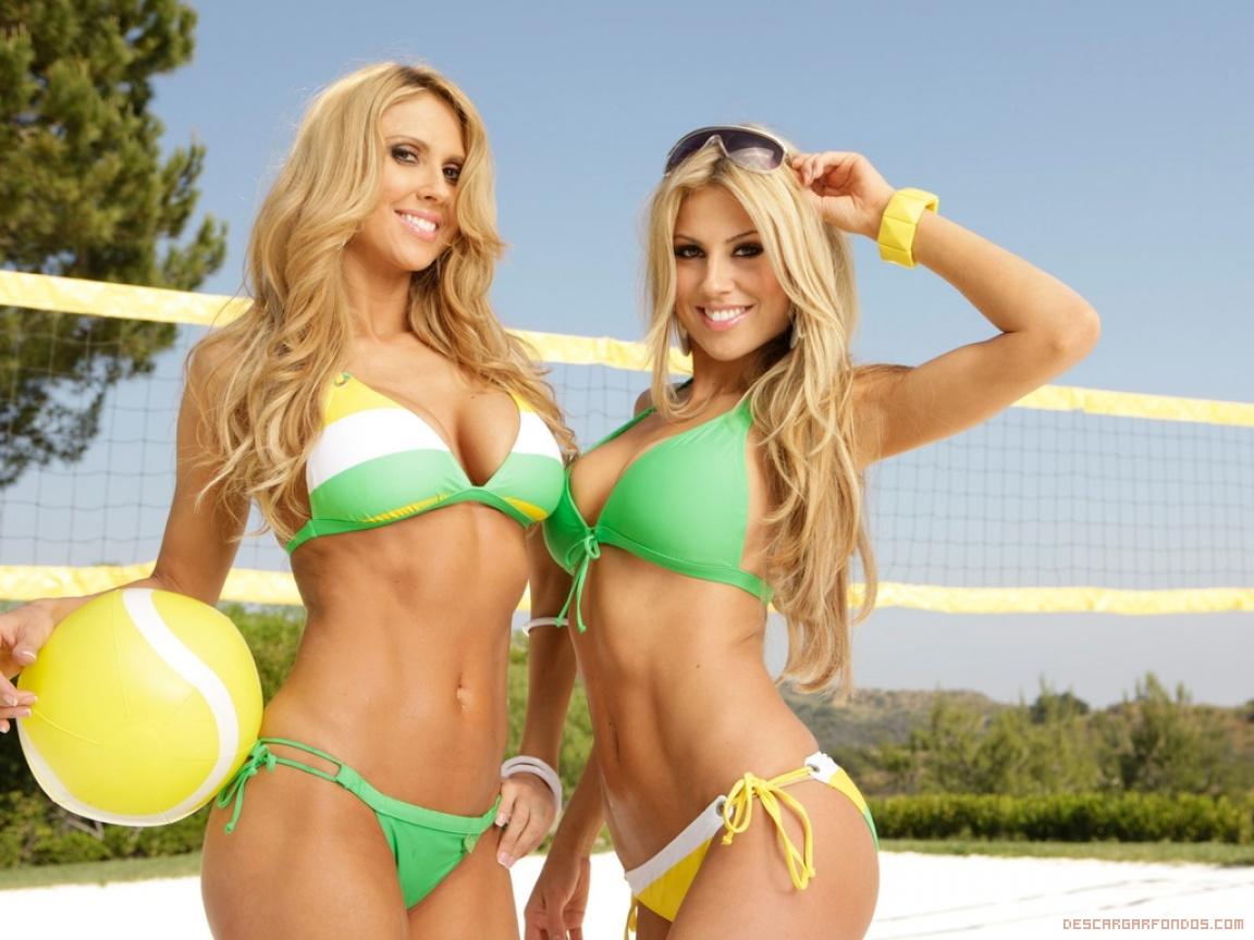 Rubias En Bikini Descargar Fondos